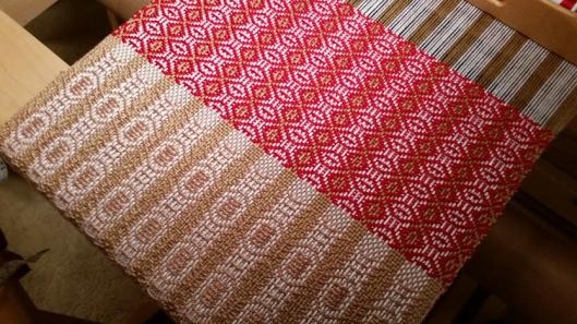 Kisses For Santa woven in Red Gold and White